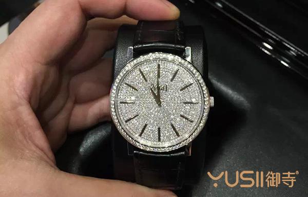 没事别镶钻,有可能让你的手表回收大贬值