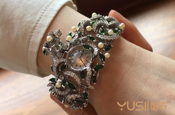 2018年5月份富艺斯拍卖行驻香港拍卖会上要上拍的手表