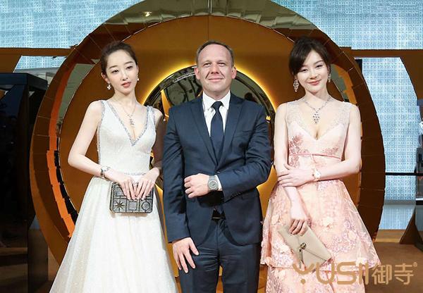 上海电影节期间,积家慈善拍卖晚宴多款好表现身拍卖