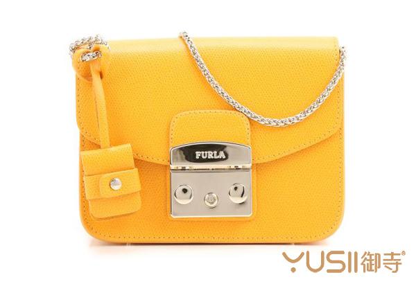 送女朋友什么包包非常合适?