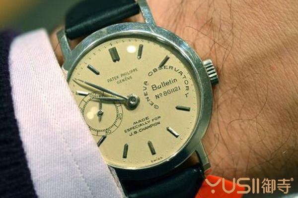 老款手表怎么处理划算?回收和拍卖改选哪款?