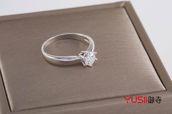 多少钱的钻石戒指能回收