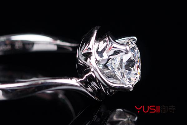 钻石回收跟原价差多少钱