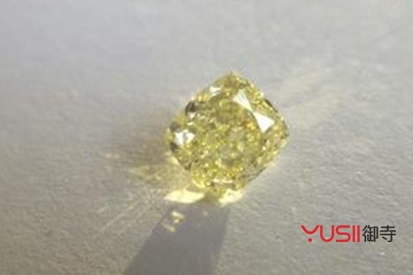彩钻和钻石的区别