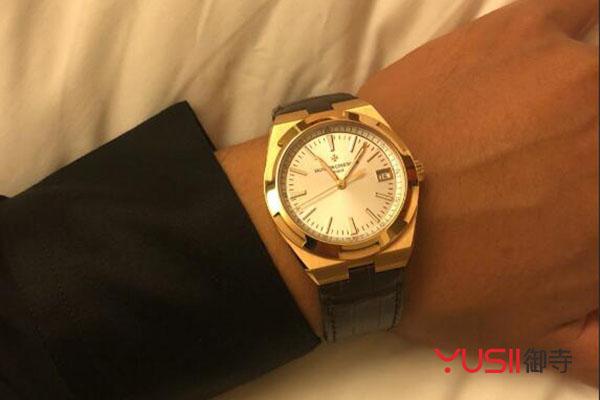江诗丹顿4500V手表